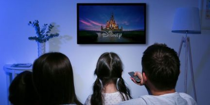 Disney-Movies-Netflix-Featured-670x335