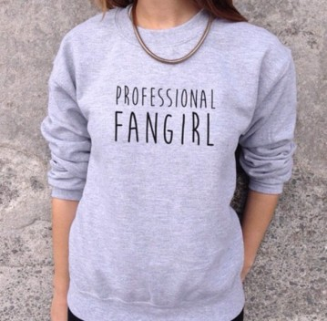 bwsnaz-l-610x610-marvel-fangirl-tumblr+shirt-tumblr+outfit-grey-books-grey+sweatshirt-necklace-totally+cute-shirt-sweater-funny+quote+sweater-gray-fashion-happy+easter+today-style