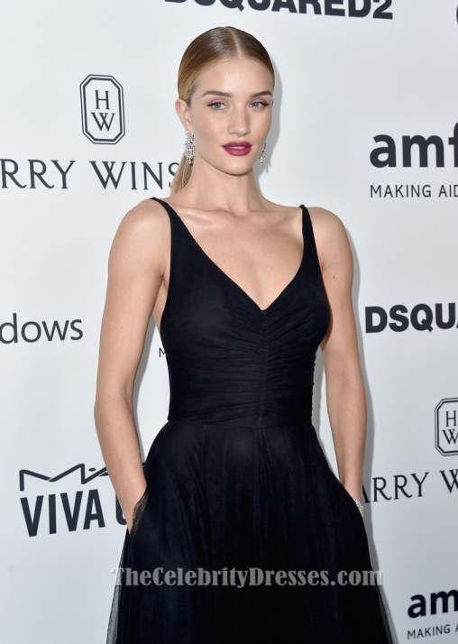 rosie_huntington-whiteley_black_evening_dress_2015_amfar_gala_3
