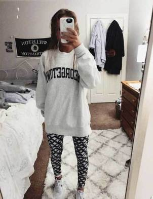 Sweatpants-Lazy-Day-Outfits