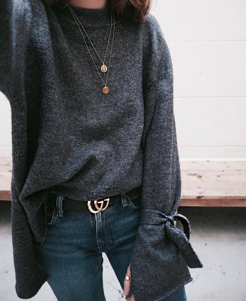 smwl70-l-610x610-sweater-bel-tumblr-grey+sweater-bell+sleeve+sweater-bell+sleeves-necklace-gold+necklace-jewels-jewelry-belt-gucci-gucci+belt-logo+belt-denim-jeans-blue+jeans