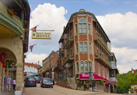 tn-eureka-springs-historic-downtownlistings135attraction_promo_pic