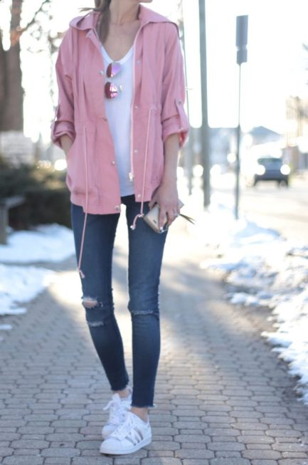 spring-outfit-pink-utility-jacket-679x1024