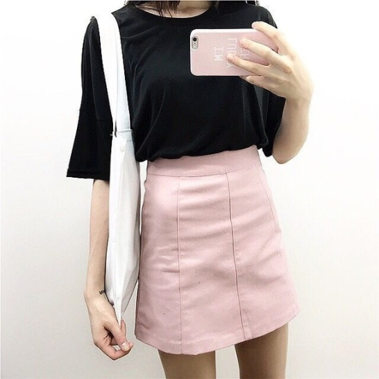 8krng4-l-610x610-skirt-pink-black-shirt-outfit-vintage-retro-chic-stylish-korean+fashion-korean-baby+pink-jean+skirt